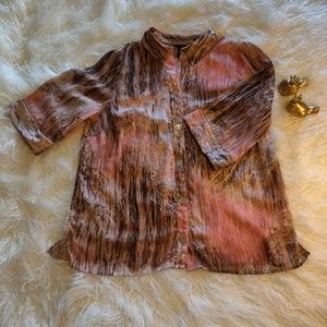 Beautiful Maggie Barnes 3/4 length sleeve blouse